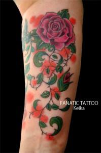 Pink Rose Tattoo ピンクのバラのタトゥー/Keika_FanaticTattoo