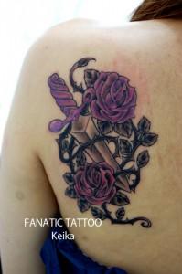 Rose&Knife Tattoo バラとナイフのタトゥー/Keika_FanaticTattoo