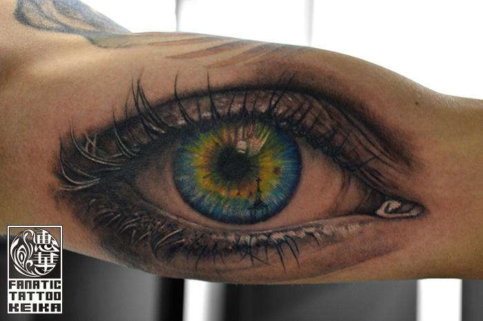 ブラック&グレー・カラー・リアル・眼・瞳・腕・Eye・Black&Gray Tattoo