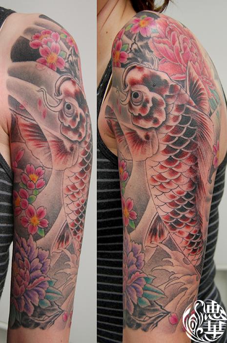 錦鯉の和彫り刺青,Koi fish,Japanese Tattoo,刺青・タトゥースタジオ 女性彫師 恵華-Keika-