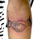 握手のアメリカントラディショナルタトゥー,shake hands,American traditional,Tattoo,女性彫師 恵華-Keika-