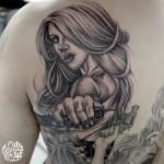 チカーノ女性のブラック&グレータトゥー,Black&Gray Tattoo,女性彫師 恵華-Keika-