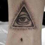 プロビデンスの目タトゥー,Eye of Providence,Black&Gray,Tattoo,刺青・タトゥースタジオ 女性彫師 恵華-Keika-