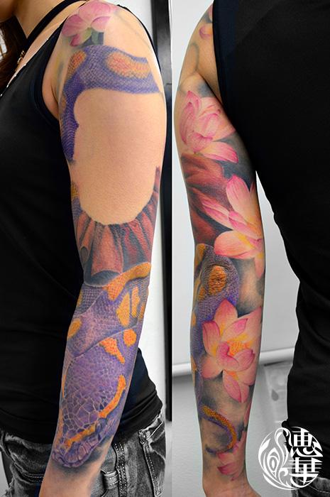 蛇と蓮のタトゥー,Snake,Lotus,Tattoo,刺青・タトゥースタジオ 女性彫師 恵華-Keika-