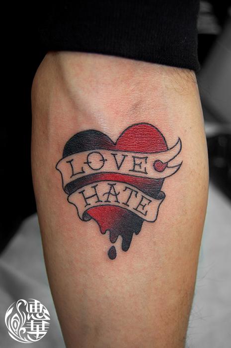 ハートのトラッドタトゥー,Heart,American traditional Tattoo,刺青・タトゥースタジオ 女性彫師 恵華-Keika-