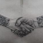 シェイクハンドの二十彫りタトゥー,shaking hands,Black&Gray,Tattoo,刺青・タトゥースタジオ 女性彫師 恵華-Keika-