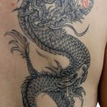 龍の和彫り刺青,Dragon Japanese Tattoo,刺青・タトゥースタジオ 女性彫師 恵華-Keika-