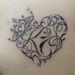 ハートとクラウンのトライバルタトゥー,Heart,Crown,Tribal Tattoo,刺青・タトゥースタジオ 女性彫師 恵華-Keika-