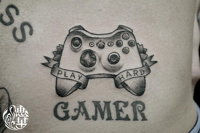 ゲームコントローラーのタトゥー,Xbox,controller,Tattoo,刺青・タトゥースタジオ 女性彫師 恵華-Keika-