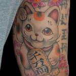 招き猫に桜の刺青,Lucky Cat,Tattoo,刺青・タトゥースタジオ 女性彫師 恵華-Keika-