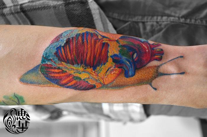 心臓カタツムリのタトゥー,Snail,Heart,Tattoo,刺青・タトゥースタジオ 女性彫師 恵華-Keika-
