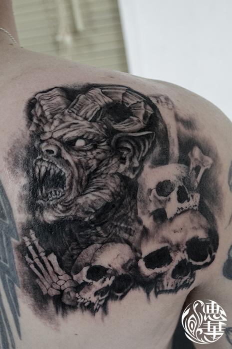 悪魔とスカルのブラック&グレータトゥー,Devil,skull,Black&Gray,Tattoo,刺青・タトゥースタジオ 女性彫師 恵華-Keika-