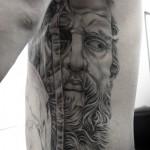ゼウスのブラック&グレータトゥー Zeus Black&Gray  Tattoo,刺青・タトゥースタジオ 女性彫師 恵華-Keika-