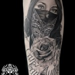 ギャングガールのブラック&グレータトゥー Tattoo,刺青・タトゥースタジオ 女性彫師 恵華-Keika-