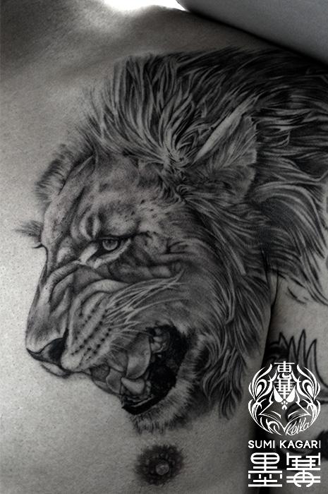ライオンのブラック&グレータトゥー,Lion,タトゥー,刺青,Tattoo,刺青,タトゥースタジオ,女性彫師,彫師,恵華,Keika