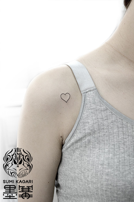 ハートのワンポイントタトゥー,Heart,タトゥー,刺青,Tattoo,刺青,タトゥースタジオ,女性彫師,彫師,恵華,Keika