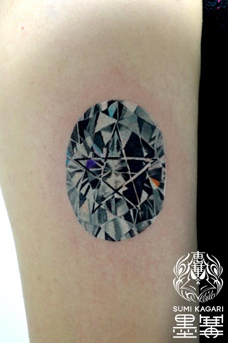 ダイヤモンドのタトゥー,Diamond,タトゥー,刺青,Tattoo,刺青,タトゥースタジオ,女性彫師,彫師,恵華,Keika