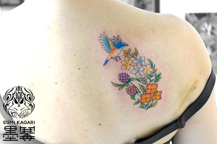 鳥と花のタトゥー,Bird,Flower,タトゥー,刺青,Tattoo,刺青,タトゥースタジオ,女性彫師,彫師,恵華,Keika