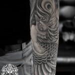 鳳凰の刺青 – Phoenix Black and gray Tattoo