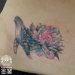 クジラ,花,タトゥー,刺青,Tattoo,刺青,タトゥースタジオ,女性彫師,彫師,恵華,Keika