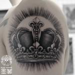 クラウンのブラック&グレータトゥー,Crown,Black&gray,Tattoo,刺青,タトゥースタジオ,女性彫師,恵華,Keika